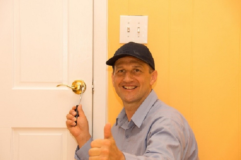emergency locksmiths provide service for domestic